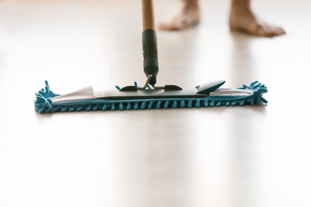 Steam Mops vs. Swiffer